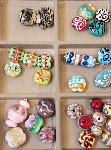 Lampwork Beads - Handcrafted Lampwork Beads by Linda Bellino